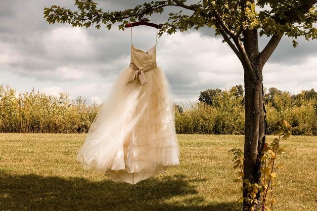 Summer Wedding Gown Trends 2021!